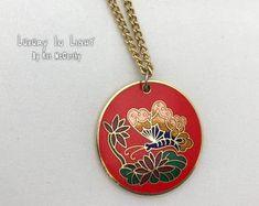 Vintage Duck Wildernesse Black Cabochon Glass Necklace chain Pendant