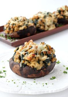 Portobello mushroom caps stuffed with a chicken, cheese and spinach filling that's finished with marsala wine and a little cream. Low Carb Dinner Recipes, Appetizer Recipes, Cooking Recipes, Healthy Recipes, Appetizers, Top Recipes, Turkey Recipes, Atkins Recipes, Dining