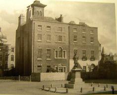 Georgian houses on Kildare Place Ireland Pictures, Old Pictures, Old Photos, Dublin Street, Dublin City, Gone Days, Photo Engraving, Georgian Homes, England Uk
