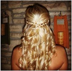 half up braided with loose curls perfect homecoming hair
