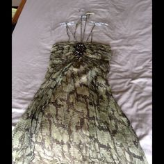 Laundry olive green snake print dress Laundry olive green snake print dress size 4.  Only worn once! Great condition Laundry by Shelli Segal Dresses Midi