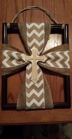 Try a burlap cross hanger on a picture frame - refurbished. --------------- by Collins Deborah Picture Frame Store, Picture Frame Crafts, Picture Frames, Picture Frame Wreath, Wooden Crosses, Crosses Decor, Wall Crosses, How To Make Wreaths, Crafts To Make