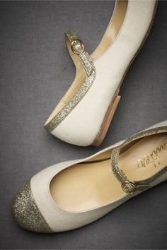 image of Vintage Wedding Shoes ♥ Fashionable and Comfortable Wedding Shoes