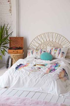 Sarah B. Martinez Feathers Duvet Cover - Urban Outfitters