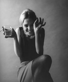 vintage everyday: 16 Breathtaking Black-and-White Portraits of Celebrities Taken by Jerry Schatzberg from the 1950s and 1960s - Edie Sedgwick 1966