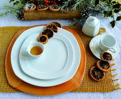 Perfette per realizzare ghirlande, corone o per essere appese all'albero di #Natale, le arance essiccate sono anche un originale segnaposto. Per una #tavola giovane e informale, dal piacevole aroma di agrumi! #ancap #porcellana #design