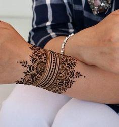 Top 7 Back Hand Mehndi Designs – Mode, Schmuck, Make-up, Schuhe, Tattoo-Modelle – Henna Henna Designs Arm, Back Hand Mehndi Designs, Finger Henna Designs, Mehndi Designs For Beginners, Unique Mehndi Designs, Tattoo Designs Wrist, Latest Mehndi Designs, Henna Arm Tattoo, Wrist Henna