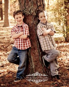 This is so the boys. Fall twin boys pose idea.(c)CharityGoodwinPhotography