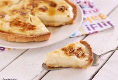 La crostata alla crema catalana è un dessert cremosissimo e irresistibile, la voglia e l'idea di prepararla mie è venuta sfogliando una rivista. La base del