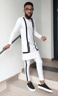 Jago Outfits African Wear Styles For Men, African Shirts For Men, African Dresses Men, African Attire For Men, African Clothing For Men, Latest African Fashion Dresses, Nigerian Men Fashion, Indian Men Fashion, Big Men Fashion