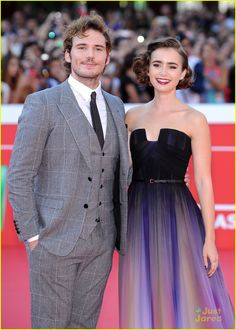 What an attractive couple😍 They look great together. Lily Collins Sam Claflin, Strapless Dress Formal, Formal Dresses, Wattpad, Couples, Cute, Clothes, Black, Famous People