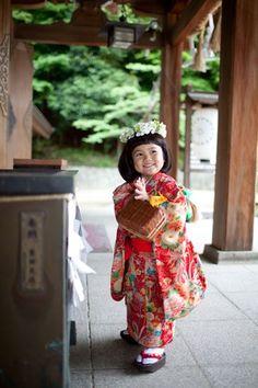 children's kimono's are the best.    しずくちゃん(グリーンダカラちゃん)画像