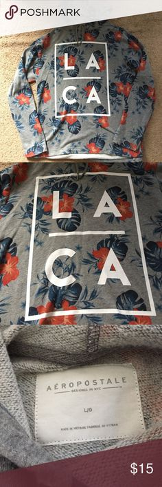 """Aeropostale Tropical LA Hoodie Super comfy and cute as ever! 🌴🌺 this hoodie is grey with blue and red/peach tropical designs with """"LA 