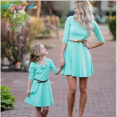 Mommy and Me Matching Clothes Mom and Girl Elegant Party Dress Fashion Summer