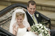 Peter Phillips, grandson of Queen Elizabeth II tied the knot with Canadian Autumn Kelly on May 2008 at St. George's Chapel in Windsor Castle. Royal Wedding Themes, Royal Wedding Gowns, Royal Weddings, Peter Phillips, Zara Phillips, Elizabeth Ii, Meghan Markle, Prince Harry, Divorce