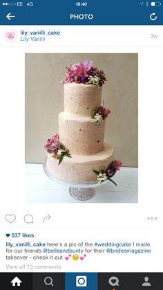 Pink Wedding Cakes, Lily, Desserts, Food, Wedding Gown Cakes, Tailgate Desserts, Deserts, Essen, Cake Wedding