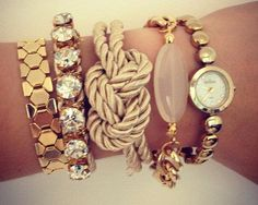 Want it all. Especially the knot bracelet