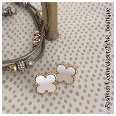 White Clover Style Earrings Clover Style Earrings   White/ gold trim  Refer to pic for sizing  Lead and nickel free Jewelry Earrings
