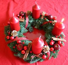 sophisticated red candles