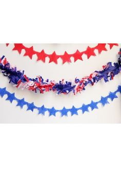 Make CREPE PAPER STAR STREAMERS