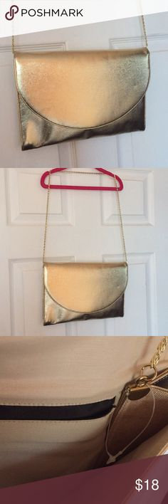 ✨ UK Patent Quality Clutch Brand new gold clutch! 12X9 inches ! GOLD COLOR Bags Clutches & Wristlets