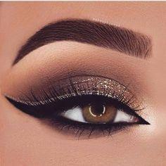 Makeup Eye Looks, Eye Makeup Art, Natural Eye Makeup, Blue Eye Makeup, Smokey Eye Makeup, Makeup For Brown Eyes, Eyeshadow Makeup, Makeup Meme, Gold Smokey Eye