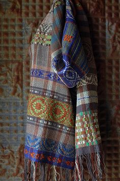 after the flood, no. Weaving Tools, Weaving Projects, Loom Weaving, Hand Weaving, Loom Scarf, Beautiful Scarves, Woven Scarves, Scarf Design, Weaving Patterns