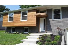 great mcm curb appeal for a split level house plan turn a ugly split level into mid century modern