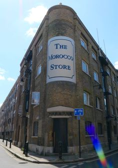 Morocco Store Building, an eighteenth-century spice warehouse converted into luxury apartments. Bermondsey London, Bermondsey Street, Warehouse Apartment, Victorian Buildings, London Lifestyle, White Building, Listed Building, The Secret History, Antique Market