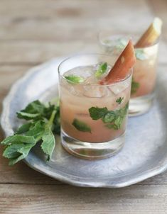 rhubarb and elderflower mojito recipe | gorgeous cocktail for an engagement party, bridal shower, or wedding.