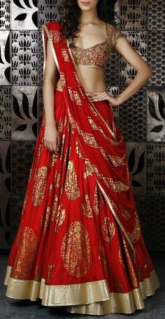By designer Rohit Bal. Bridelan- Personal shopper & style consultants for Indian/NRI weddings, website www.bridelan.com #Bridelan #weddinglehenga #RohitBal #RohitBalweddinglehenga
