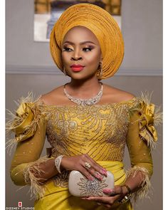 It is very understandable that many of us women, love to stand out and look unique with extraordinary and sensational aso-ebi dress outfits. African Bridal Dress, African Lace Dresses, Latest African Fashion Dresses, African Print Fashion, African Traditional Wedding Dress, Traditional Wedding Attire, Traditional Dresses, African Lace Styles, African Style
