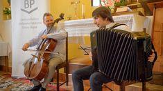 """Minionej niedzieli (23.08) odbył się drugi już koncert z cyklu """"Muzyka w kościele"""". Kilkukrotne bisy oraz owacje na stojąco to najkrótsze podsumowanie koncertu duetu instrumentalnego AcCello Duo w Strzelinie, który tworzą dwaj młodzi utalentowani muzycy – wiolonczelista Piotr Gach oraz akordeonista Konrad Merta. Music Instruments, Musical Instruments"""