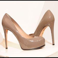 POUR LA VICTOIRE IRINA SIZE 9 Sort of taupe color. Size 9. Very Minor signs of wear but still great condition! Pour la Victoire Shoes