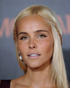 ISABEL LUCAS OMG her nose and just every thing about this girl is amazing!
