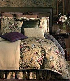 Ralph Lauren Adriana Floral comforter on the guest bed, includes shams and bed skirt. 100% very smooth cotton