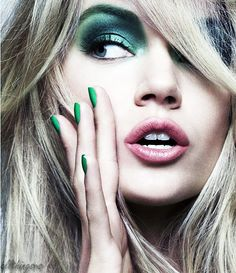 green - gonna make this work for everyday, not just a beauty shoot, feel a tutorial coming on : )