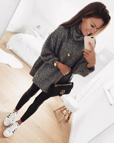60 Comfy Casual Fall Women Outfits to Make You More Perfect - Fall Outfits Mode Outfits, Trendy Outfits, Fashion Outfits, Womens Fashion, Grunge Outfits, School Outfits, Sneakers Fashion, Look Fashion, Winter Fashion