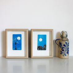 Láminas Monotipos originales. Fondo azul luna. Con Marco 20x15 cm (interior 12x7 cm) de RainTreePrintmaking en Etsy