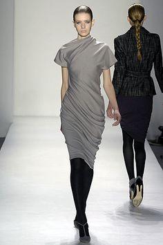 Costello Tagliapietra Fall 2007 Ready-to-Wear Fashion Show - Alyona Osmanova