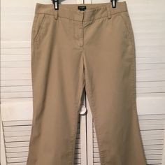 J.Crew City Short Trouser Leg Khaki Pants 6 This item has been previously worn. It is in gently used condition, but bears no signs of wear. It is a size 6, fits sizes 4/6. This item is 100% Cotton. Trouser leg, super flare. Inseam is 30. J. Crew Pants Boot Cut & Flare