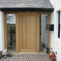Sharp targeted porch design plans look at this web-site Oak Front Door, Front Door Porch, House Front Door, Front Door Design, Glass Front Door, House With Porch, Back Doors, Porch On Bungalow, Sas Entree