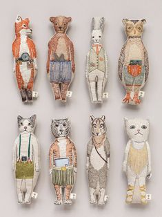 Embroidered Animals by Coral and Tusk Contemporary embroidery inspiration Fabric Dolls, Fabric Art, Coral And Tusk, Sewing Stuffed Animals, Art Textile, Textile Design, Fabric Animals, Tiny Dolls, Soft Sculpture