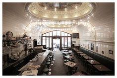 Cafe de Paris, ein Hauch Paris in Hamburg.Tolles Ambiente und fantastische franz. Küche. Rathausstraße 4, 20095 Hamburg