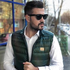Men's Green Quilted Down Gilet Urban Fashion, Mens Fashion, Men's Waistcoat, Green Quilt, Body Warmer, Puffer Vest, Padded Jacket, Smart Casual, Barbie