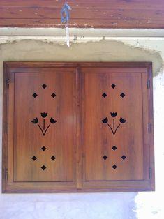 Fa ablakok erkély ajtók,bejárati ajtók,emelő-toló ajtók méretre gyártása. Valamint zsalugáter spaletta redőny forgalmazása.Termékeink házho