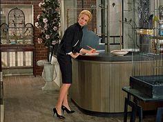 """The Birds""-Alfred Hitchcock: Tippi Hedren Helen Rose, Katharine Hepburn, Lauren Bacall, Rita Hayworth, Golden Age Of Hollywood, Old Hollywood, Hollywood Stars, Classic Hollywood, Alfred Hitchcock The Birds"