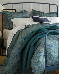 crate and barrel king size duvet