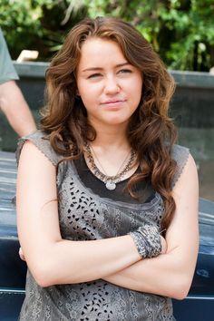 The Last Song Movie, Miley Cyrus, Tank Tops, Women, Stars, Fashion, Moda, Halter Tops, Fashion Styles