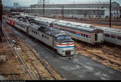 Net Photo: Amtrak 27 Amtrak Budd Power Car at New Haven, Connecticut by Doug Lilly Lionel Trains Layout, New York Central Railroad, Third Rail, Railroad Photography, Electric Train, Power Cars, Light Rail, Model Train Layouts, Model Trains